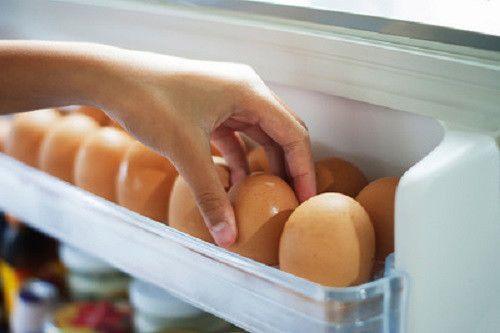 ドアポケット保存はNGで冬場は57日間も生で食べられる?卵の賞味期限の秘密 - Spotlight (スポットライト)