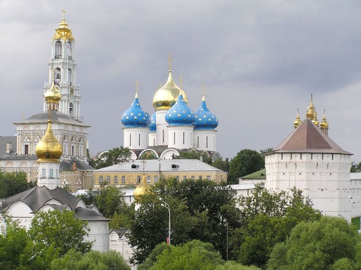 Самые красивые церкви и храмы России