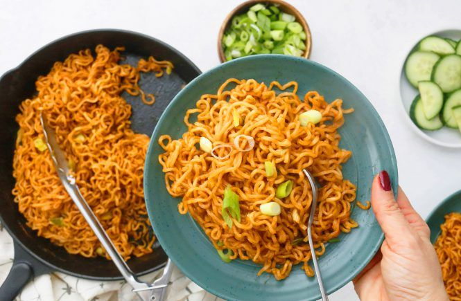 Instant Pot Chicken Fried Rice | Kitchen @ Hoskins | Recipe in 2020 | Easy chicken recipes, Ramen noodles, Bbq pulled chicken sandwiches