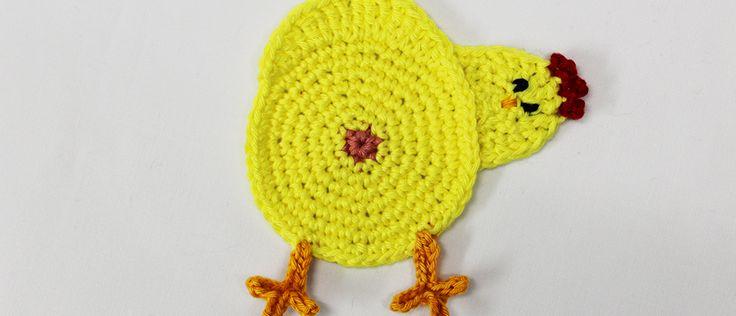 Kippen onderzetters: super grappig en origineel. Hier vind je het gratis haakpatroon waarmee je kippen onderzetters kan haken. Leuk voor Pasen!
