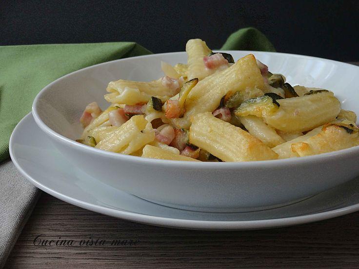 Pasta+al+forno+con+zucchine+e+pancetta