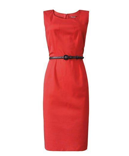 abito rosso con cinturina in vita