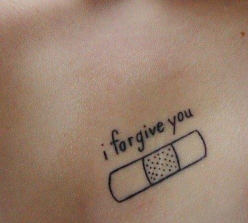 eu perdôo você   Eu realmente gosto disso, na verdade. É um bom lembrete para manter a calma, não importa o que - ao perdoar aqueles que errado você e amar a si mesmo. Melhor tipo, não amargo da lembrança.