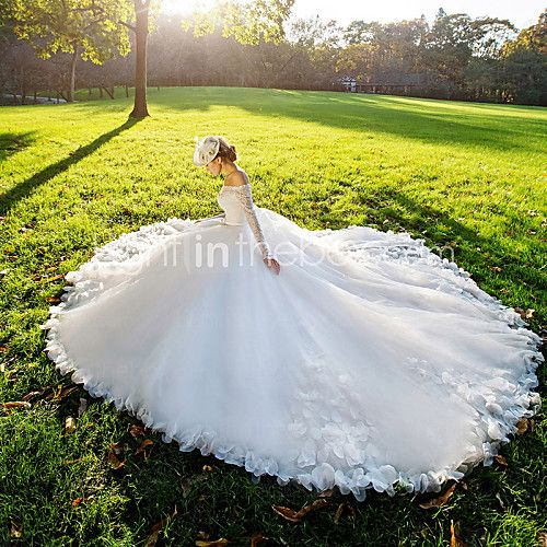 mingmenxinniang Ball Gown Wedding Dress Vintage Inspired Court Train Off-the-shoulder Lace with Flower 2017 - $285.99