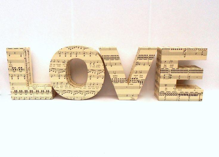 Elige alguna de éstas 30 canciones para tu boda. #wedding #music #songs #tips #ebodas