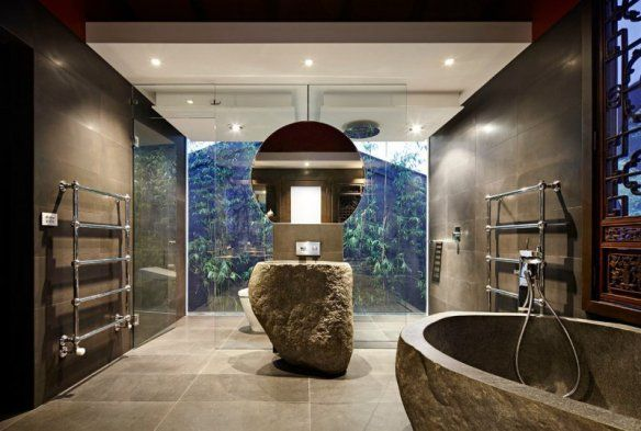 Deco-zen-bathroom-tub-glazed-stone-walls