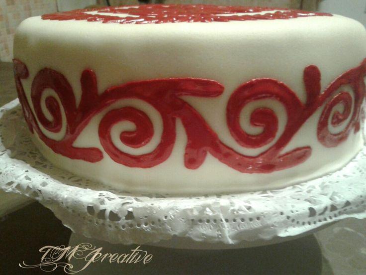 #TMJcreative #birthdaycake #hungarianfolkart