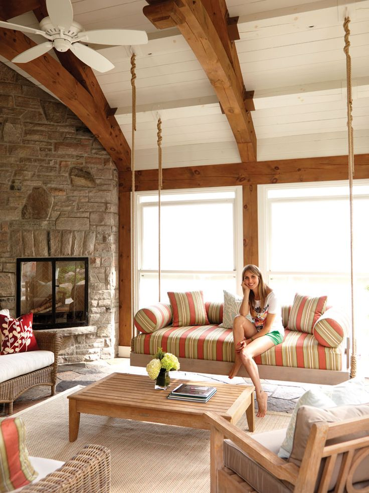 Muskoka cottage decor: Long sultry days punctuated with dips in the refreshing water of a pristine lake, s'mores by the campfire and warm star-filled nights are the essence of summer living. Take a peek inside this gorgeous lake house