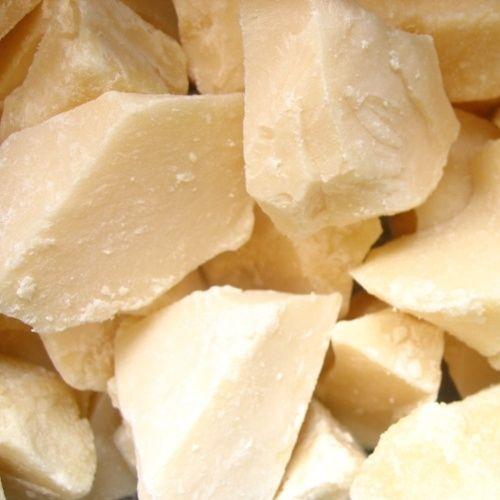 Jodenvet (tegenwoordig borsthoning genoemd). Dit is echt oud hollands snoepgoed. Het zijn brokken van zoet snoep, die een druivensuiker achtige structuur hebben. De smaak van jodenvet is bijzonder. Vele vinden het lekker, maar er zijn er ook die het uitgesproken vies vinden. Het verdient aanbeveling om met jodenvet heel voorzichtig te beginnen: een klein stukje afknabbelen van een klein brokje. De smaak is in eerste instantie vettig en zacht, bijna smaakloos. Daarna komt het zoet naar voren…