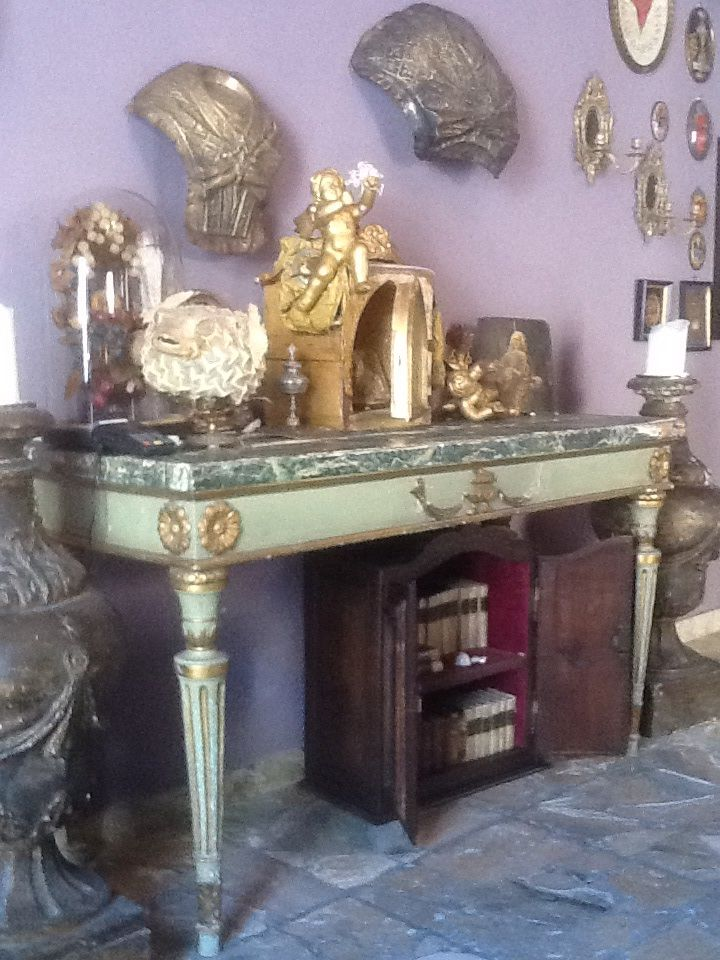 Console laccata, tabernacolo XVIII,busti copri reliquiari