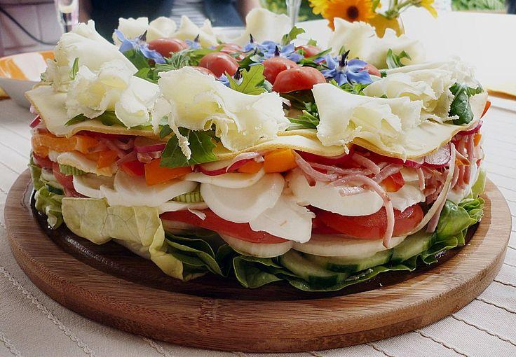 Party - Salattorte, ein gutes Rezept aus der Kategorie Gemüse. Bewertungen: 252. Durchschnitt: Ø 4,5.