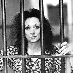 Judith Malina (Kiel, 4 giugno 1926 - Englewood, New Jersey, 10 aprile 2015) è stata una regista teatrale, attrice e scrittrice tedesca naturalizzata statunitense. All'età di tre anni si trasferisce con la famiglia a New York e a ventuno fonda, assieme al compagno Julian Beck, il Living Theatre, un genere di teatro che elimina i confini tra attore e pubblico.