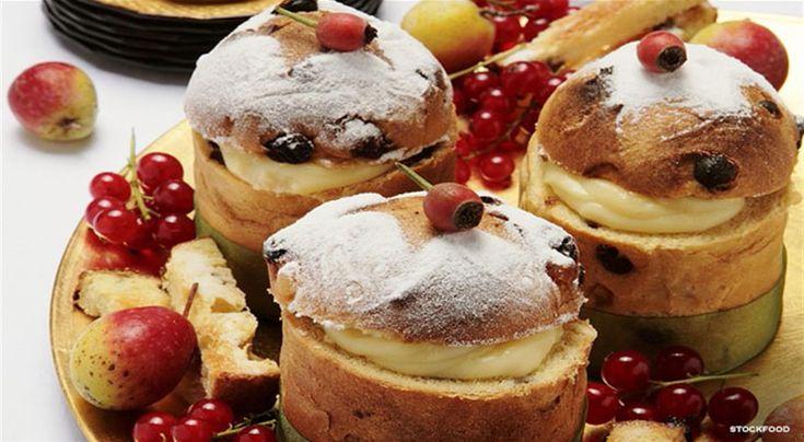 Mini Italian Panettone Cakes