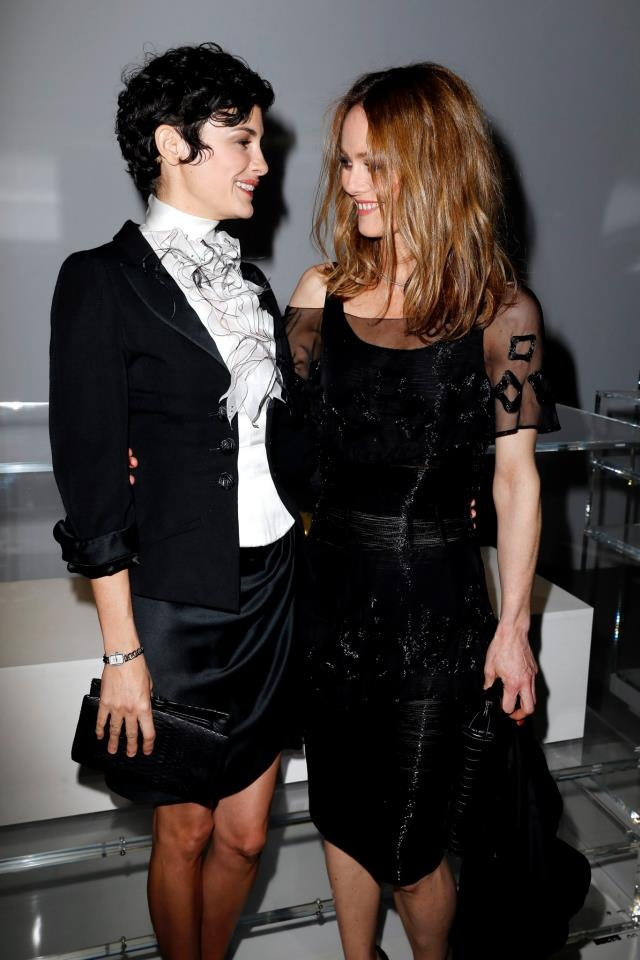 Essaim de stars au vernissage de l'exposition N°5 Culture Chanel