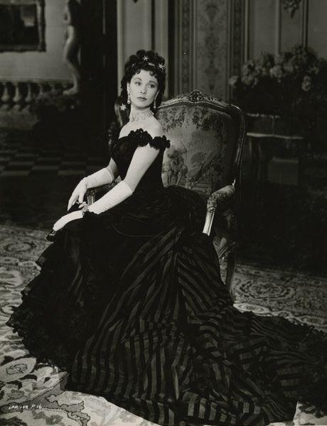 """Vivien Leigh for """"Anna Karenina"""" (1948)                                                                                                                                                      More"""