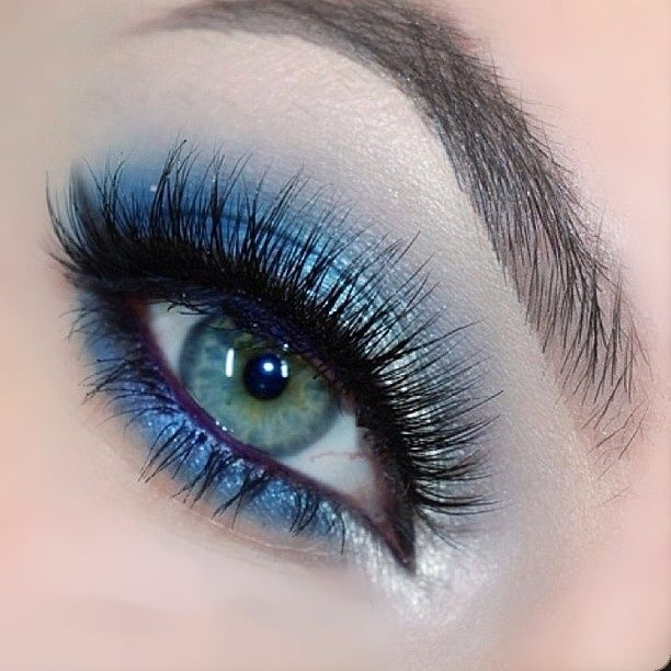 Silver & Blue Eye Makeup for Prom