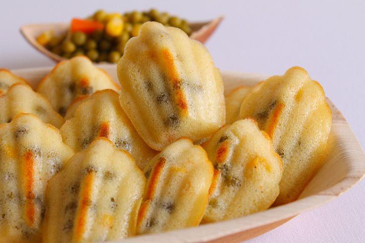 Le madeleine salate con verdure sono degli antipasti non soltanto buoni ma anche molto belli da servire, anche in un buffet. Ecco la ricetta