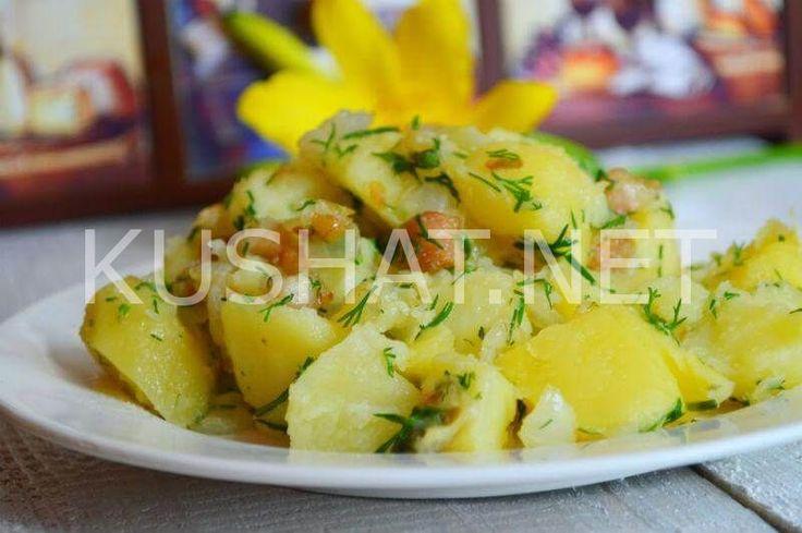 Молодой картофель со шкварками и укропом. Рецепт с фото