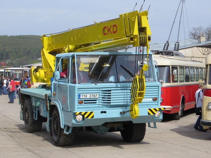 Tatra T813 4x4 AD 125 ČKD, /1967–1982/ - 17.640 ccm, 990 Nm - 1300 ot/min, 258 k