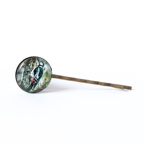 Woodpecker hair pin