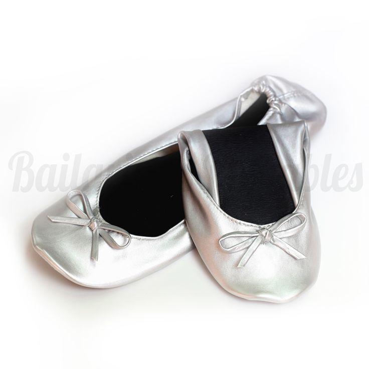 Bailarinas Plegables Plateadas, un acierto seguro. Con buenos acabados, diseño clásico y bonito.