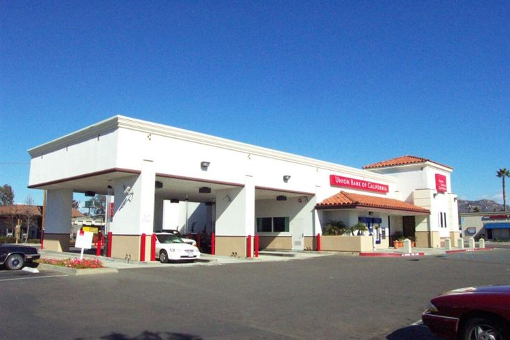 Union Bank of California - Drive-Up Lanes