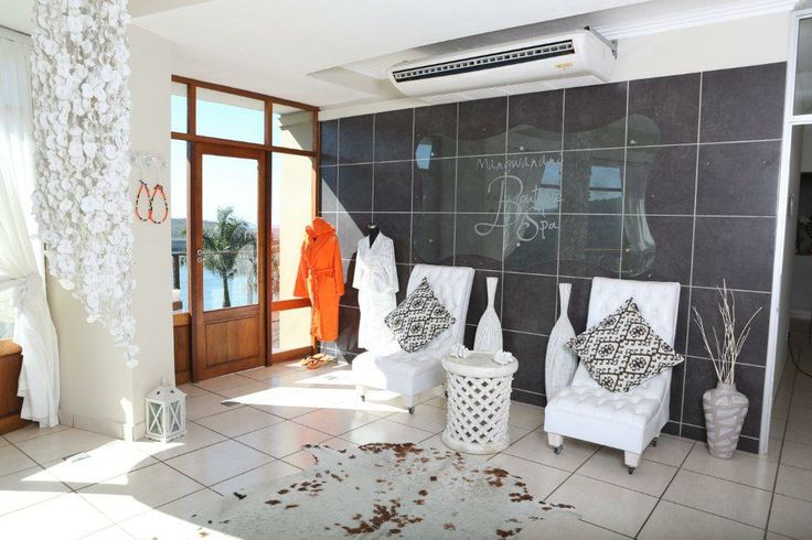 Mangwanani Spa foyer