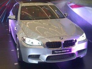 Mobil Mewah BMW M5 Indonesia