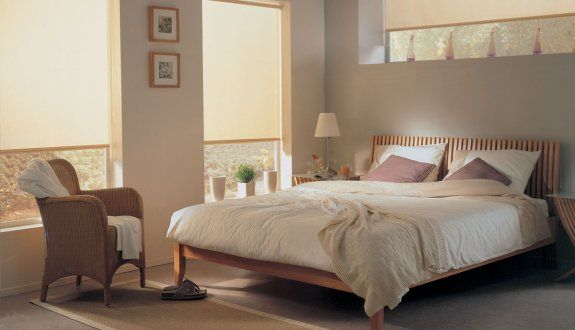 los dormitorios necesitan la privacidad e iluminación adecuada. Las telas para #Roller posee distintos niveles de transparencia hasta llegar a blackout