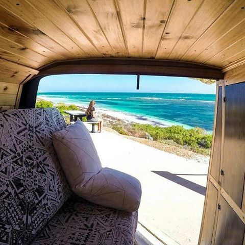 """Mi piace"": 352, commenti: 6 - Vanlife Wanderlust (@camper.lifestyle) su Instagram: ""If home is where you park it, this is the right place. 📷 by @carpenteringram Thanks for TAGging us!…"""