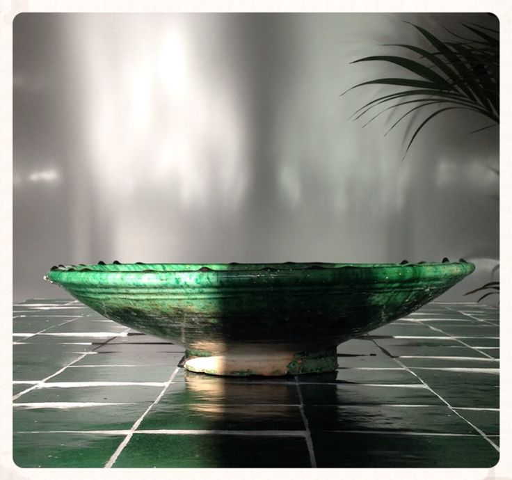 Tamgrout pottery, presented on Fine Dining Table from our Collection Steel N Stone