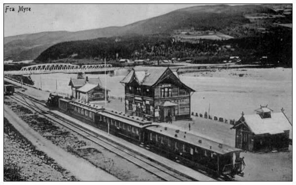 Oppland fylke Gudbrandsdalen Myre stasjon eldre navn på Fåvang stasjon i Ringebu kommune brukt 1914