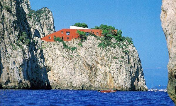 getaway # 3 : architecture : villa malaparte : adalberto libera : capri