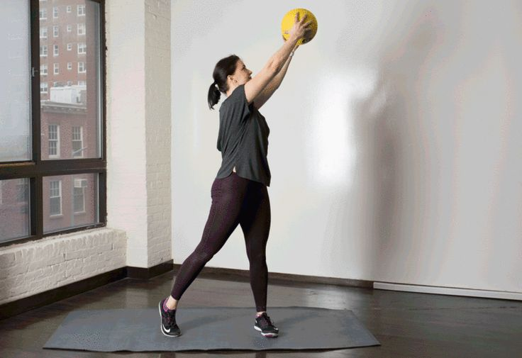 4. Med Ball Woodchopper #medicineball #abs #workout http://greatist.com/move/core-exercises-medicine-ball