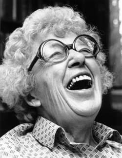 Annie M.G. Schmidt - Nederlands schrijvster van kinderboeken en rijmpjes, maar ook texten voor leidjes, musicals. Zij was ook een onafhankelijke denkster en doener!