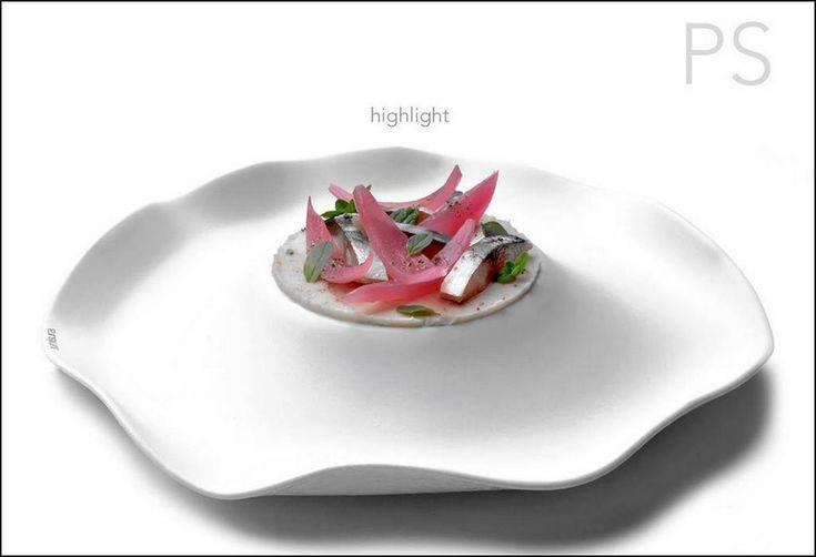 Le dressage original du jour est de : Stefano Pinchiaroli - Foto Eno Giornalista  Vous aimez les belles présentations ? Alors vous aussi, surprenez vos invités avec Visions Gourmandes, un livre unique au monde sur l'art de dresser et présenter une assiette comme un Chef... A s'offrir sur VG ► http://goo.gl/4SV9Md  Ou sur Amazon ► https://goo.gl/DAtMSJ  --------------------------------------------------------------------------------- Visions Gourmandes sur You Tube ► https://goo.gl/ciKU2b…