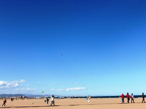 紺碧の空 / deep blue sky **from Valencia, Spain**