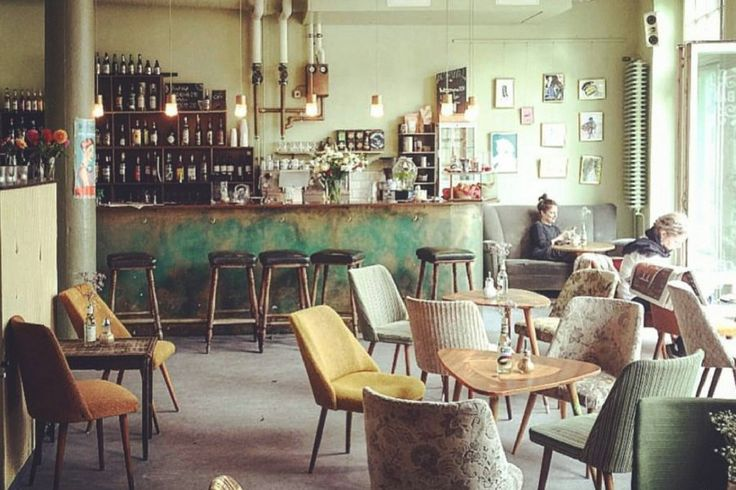 best 25 cafe interior vintage ideas on pinterest vintage cafe design coffee cafe interior. Black Bedroom Furniture Sets. Home Design Ideas