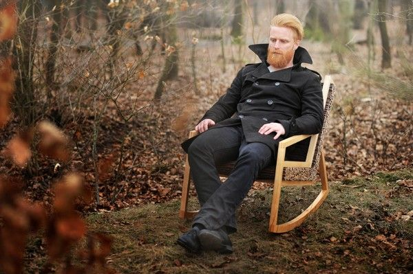 HALUZ rocking-chair par Studio Vacek - Journal du Design