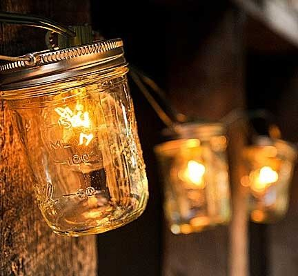 Southern and quaint outdoor lighting.Ideas, Masons, Stringlights, String Lights, Back Porches, Summer Night, Jar Lights, Jars Lights, Mason Jars