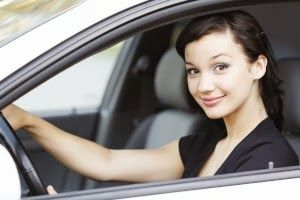 Mutua y Seguros: Seguro coche barato jovenes