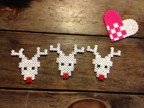 Raindeer christmas ornaments in Hama perler beads.
