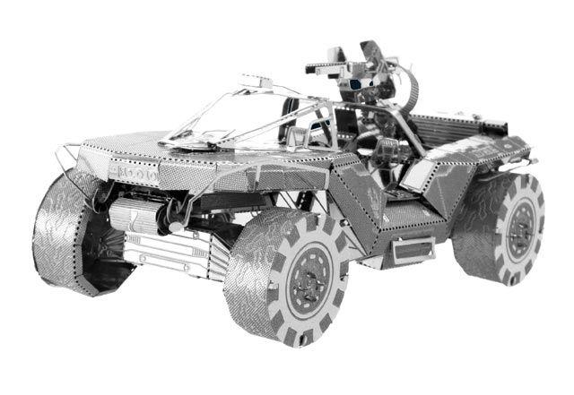 """Modellino in Metallo 3D - Warthog  Riproduzione in metallo del veicolo terrestre M12 Force Application Vehicle, più comunemente noto a tutti gli appassionati di Halo come il """"Warthog"""". Basta seguire le facili istruzioni di montaggio e ripiegare i pezzi collegandoli ai punti di fissaggio. Non necessita di collante."""