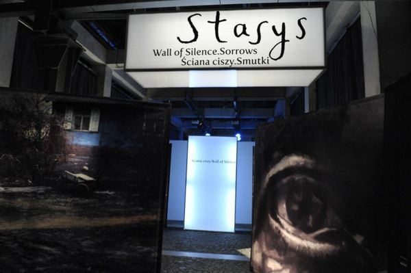 Stasys Eidrigevicius exhibition in Warsaw Rising Museum by Piotr Matosek, via Behance