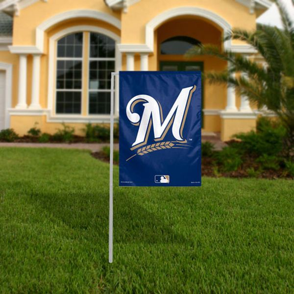 WinCraft Milwaukee Brewers 11'' x 15'' Primary Logo Garden Flag - $12.99