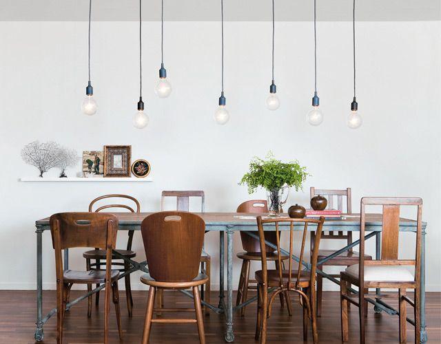 Les Meilleures Idées De La Catégorie Chaises Dépareillées Sur - Table et chaises depareillees pour idees de deco de cuisine