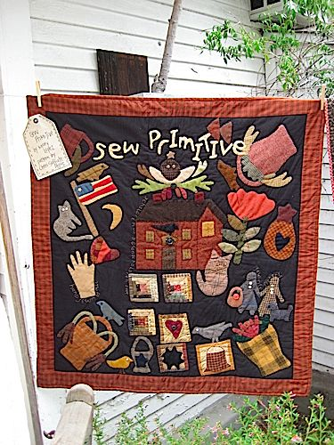 http://www.cloft.com/MainStore/QuiltShows/QuiltShow2010/QuiltShow2010/IMG_0437.jpg