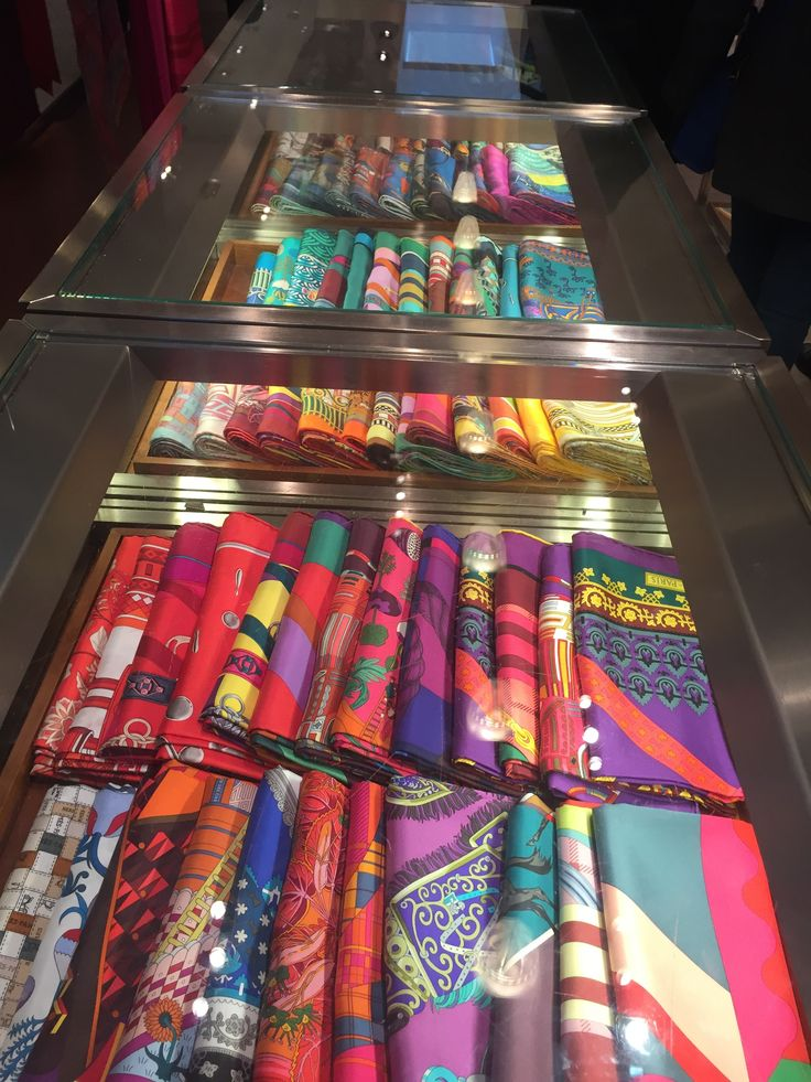 I found this display of scarves at an Hermes store in Amsterdam. Each scarf is brightly colored and neatly organized by color as well. This is visually very appealing but also makes the shopper want to individually look at each scarf. Although all of the scarves are organized together, the patterns on each scarf are completely different.