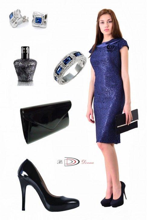 Masuri mari pentru modelul elegant bleumarin: 44-46-48-50. Poti comanda pe site-ul Per Donna: http://www.perdonna.ro/gabriela-31096-48.html #SePoartaPerDonna