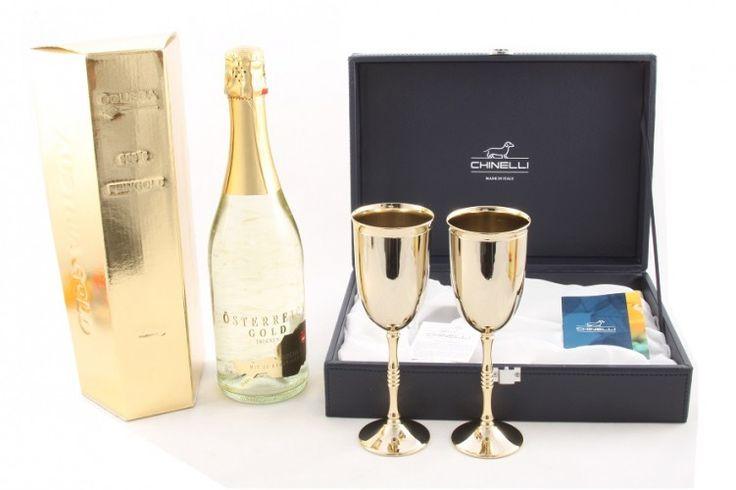 Gold Chinelli & Şampanie 23 carate aur http://www.borealy.ro/set-2-pahare-chinelli-si-sampanie.html